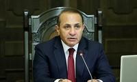 亚美尼亚骚乱:亚政府优先选择和平解决方式