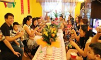 旅居捷克越南海阳人自信地融入所在国社会