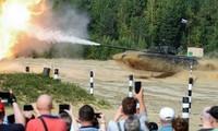 三十万俄罗斯士兵参加历史上规模最大的军事演习