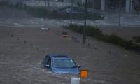 """超强台风""""山竹""""重创中国和菲律宾"""