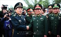 越南高平省复和县与中国广西龙州县边防部队和边民紧密合作