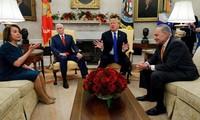 美国总统特朗普威胁将关闭政府