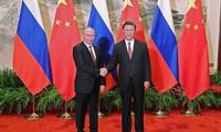 俄中两国领导人一致同意提升双边关系
