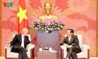 รองประธานรัฐสภาเวียดนามให้การต้อนรับคณะส.ส.สหรัฐ