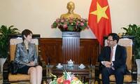 เวียดนามและสิงคโปร์ทำนุบำรุงความสามัคคีและรักษาสันติภาพในภูมิภาค