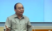 Нгуен Суан Фук провёл рабочую встречу с руководством Минобороны