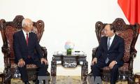 Нгуен Суан Фук принял бывшего президента японской корпорации «Тайсэй»