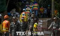 Таиланд активизирует поисково-спасательную работу в пещере в связи с большими дождями