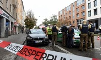 В Германии 14 человек пострадали в результате нападения с ножом