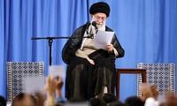 Лидер Ирана: С США не будет ни войны, ни переговоров