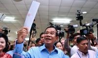Народная партия Камбоджи одержала убедительную победу на парламентских выборах