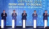 Премьер-министр Вьетнама принял участие в Фестивале инновационных и креативных стартапов Techfest Vietnam 2018.