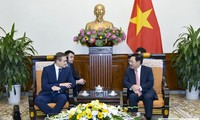 Вьетнам придает важное значение отношениям с Литвей