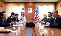 США и КНДР обсудили более 10 вопросов в преддверии второго саммита