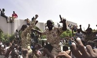 Мировое сообщество призывает к мирному переходу власти в Судане