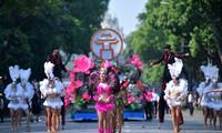 В Ханое прошел уличный карнавал
