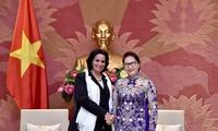 Нгуен Тхи Ким Нган приняла генпрокурора Кубы Ямилу Пенью Охеду