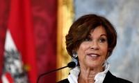 Канцлером Австрии впервые стала женщина
