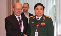 Many countries want to boost defense cooperation with Vietnam