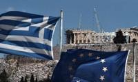 EU approves emergency loan of 7.8 billion USD to Greece