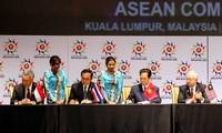 ASEAN Economic Community presented in Paris