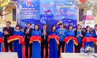 """Exhibition """"Spratly's vitality – Volunteer colors"""" opens in Hung Yen"""