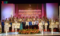 Ho Chi Minh City honors 37 young doctors