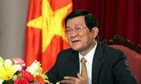 President Truong Tan Sang receives outgoing ambassadors