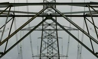 Ukraine resumes electricity to Crimea