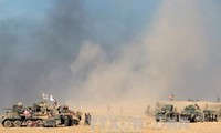 Iraqi army clashes with ISIS in Mosul