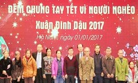 Funds raised to support poor people ahead Lunar New Year