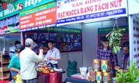 First fair of cooperatives' products opens in Hanoi