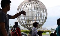 IMF keeps global growth forecasts unchanged for 2017