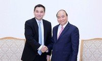 Prime Minister receives founder of Thailand's Gulf Energy Development