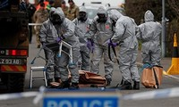 Kremlin calls British allegations in spy poisoning case unacceptable