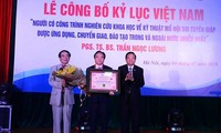 Thyroid surgery method sets new Vietnam record