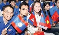 Gặp gỡ hữu nghị thanh niên Việt Nam - Lào năm 2013