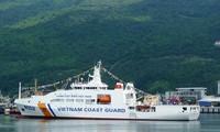 Hạ thủy tàu Cảnh sát biển 8002