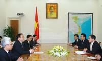 Phó Thủ tướng Hoàng Trung Hải tiếp Thứ trưởng Ngoại giao CHDCND Triều Tiên