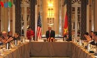 Tổng Bí thư Nguyễn Phú Trọng gặp lãnh đạo Đảng cộng sản Hoa Kỳ và bạn bè cánh tả Hoa Kỳ