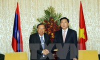 Tổng Bí thư, Chủ tịch nước Lào Bounnhang Volachith thăm thành phố Hồ Chí Minh
