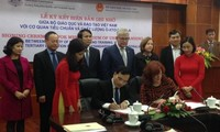 Australia hỗ trợ Việt Nam đảm bảo chất lượng giáo dục trực tuyến