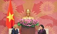 Chủ tịch Quốc hội Nguyễn Thị Kim Ngân tiếp Đại sứ Australia và New Zealand