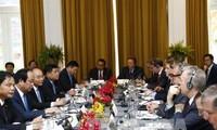 Thủ tướng Nguyễn Xuân Phúc dự tọa đàm bàn tròn về hợp tác đầu tư Hoa Kỳ - Việt Nam