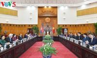Thủ tướng Nguyễn Xuân Phúc tiếp Chủ tịch Quốc hội Vương quốc Campuchia Samdech Heng Samrin