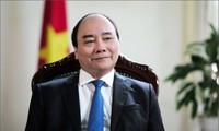 Thủ tướng Nguyễn Xuân Phúc đến Amsterdam, bắt đầu thăm Hà Lan