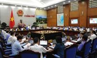Thủ tướng Nguyễn Xuân Phúc:  Tiếp tục tháo gỡ khó khăn, thúc đẩy sản xuất kinh doanh