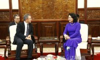 Phó Chủ tịch nước Đặng Thị Ngọc Thịnh tiếp Chủ tịch kiêm Tổng Giám đốc Điều hành Tập đoàn AIA