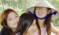 Nơi gắn kết và hỗ trợ tinh thần cho các cô dâu Việt