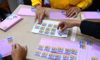 Ý kiến của bạn nghe đài thân thiết với các chương trình của VOV; giới thiệu về tem bưu chính